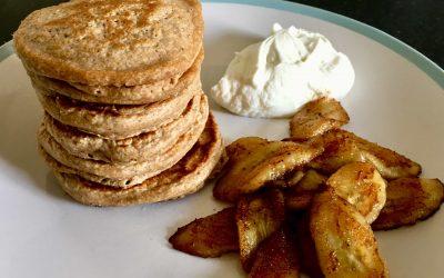 Recipe: Cinnamon Oat Pancakes with Caramelised Banana